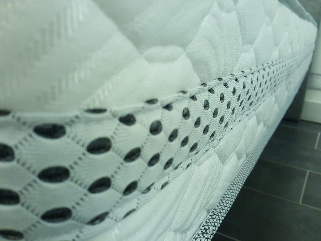 Le matelas royal id al pour les personnes recherchant fermet et dur e - Matelas ideal pour le dos ...